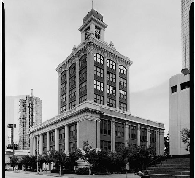 TB-City Hall.jpg