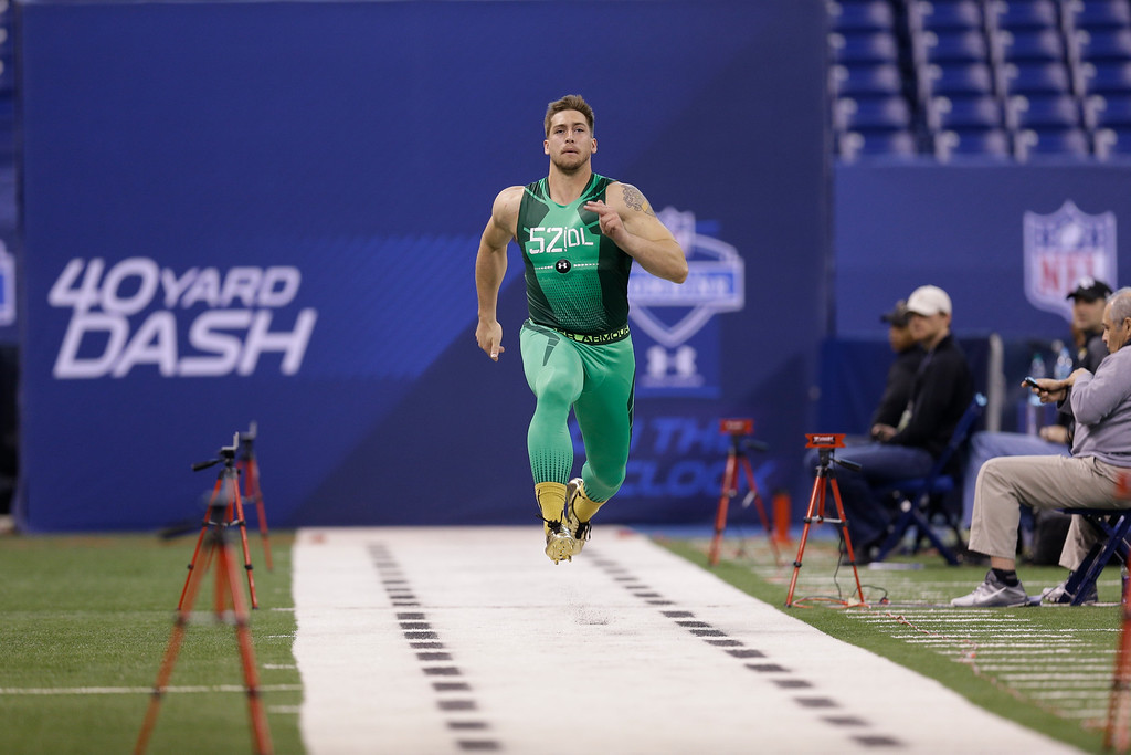 . Montana defensive lineman Zack Wagenmann runs the 40-yard dash at the NFL football scouting combine in Indianapolis, Sunday, Feb. 22, 2015. (AP Photo/David J. Phillip)
