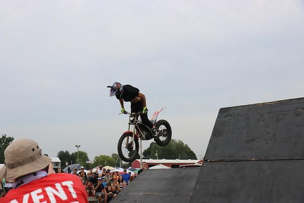 Moto Motion - Jordi Trey