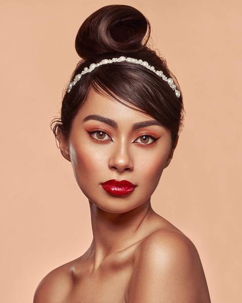"@breenaylaya  5'7"" | Shirt XS | Dress 0 | Shoe 6 | 102lbs  Ethnicity: Filipino Mix Skills: Experienced print model, Filipino Influencer"