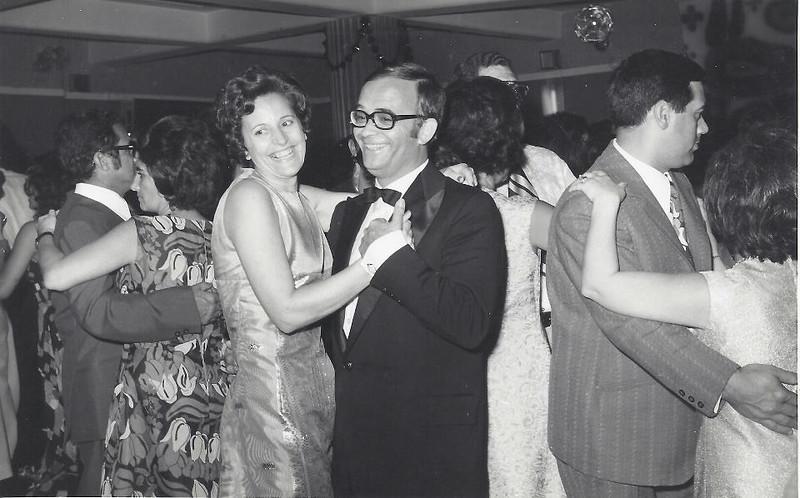 1973 - Fim de ano no Dundo - casais: Caetano, Joaquim Gameiro e Almerinda Gameiro  e ...