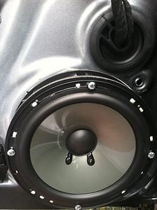 2013 Volkswagen Jetta S Front Door Speaker Installation - USA