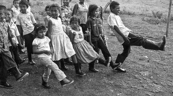 Niños con botas - The Children and Boots