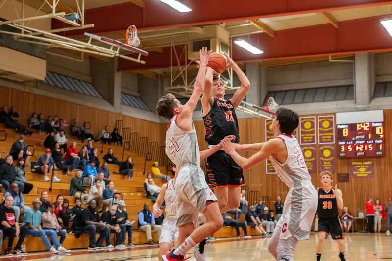 HMB Varsity Boys Basketball 2019-20-8.jpg