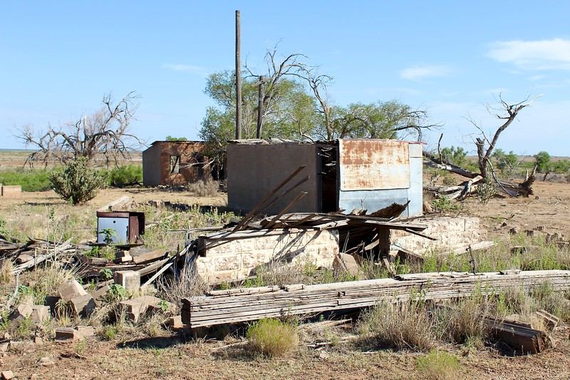 Abandoned motel site along Route 66 (2020)