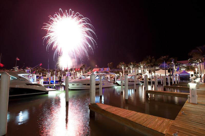 Sea Ray Expo Fireworks-17.jpg