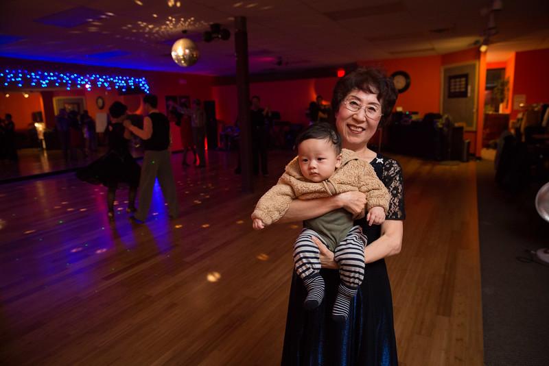 Moms Dance Class 2015-2091.jpg