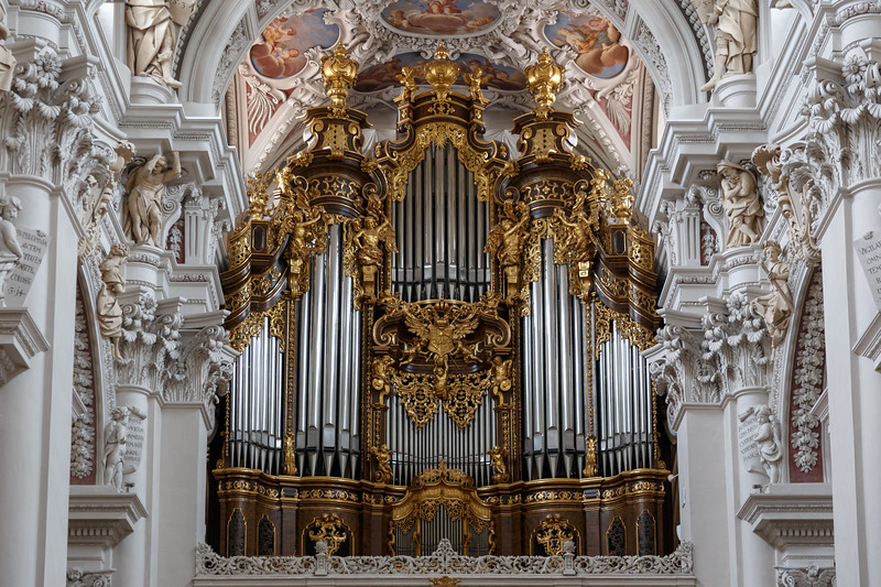 Pipe Organ in  St. Stephan's Cathedral in Passau.