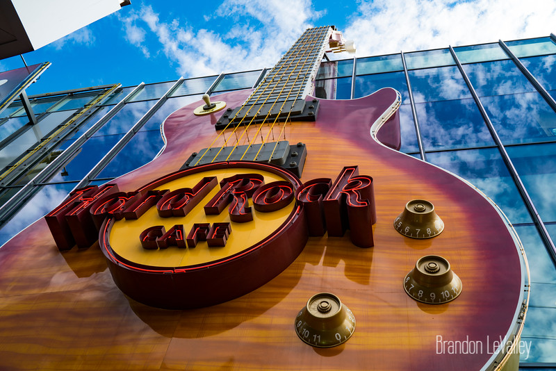 HARD ROCK GUITAR SIGN 2-00394.jpg