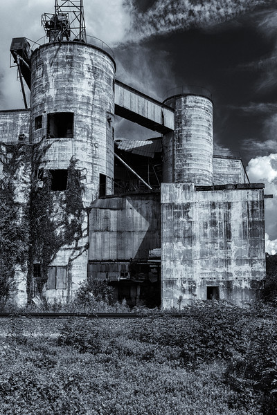 Dayton grain mill-.jpg