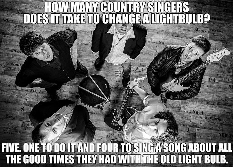 11.29.2017 Counrty Singers Change Light Bulb.jpg