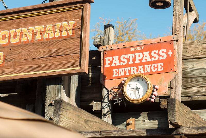 Big Thunder Mountain Railroad - Magic Kingdom Walt Disney World