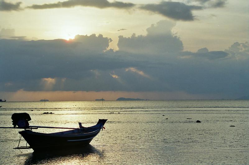 2002 December MiJung Nathon Sunset, Thailand.jpg
