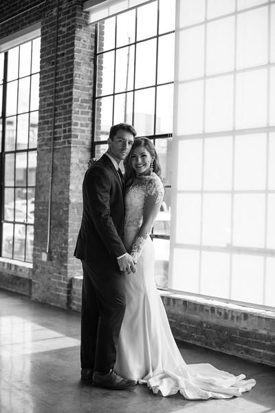 Kate&Josh_B&W_ZACH.WATHEN.PHOTOGRAPHER-310.jpg