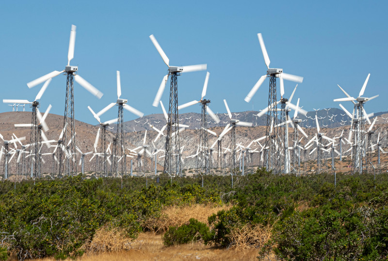 Desert_Windmills-4.jpg