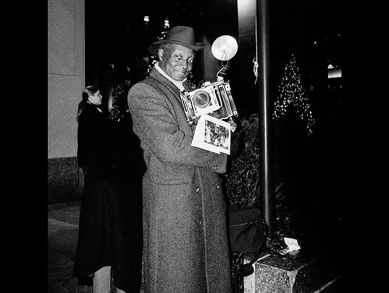 Mr. Luis Mendez, a familiar figure of street photography in New York City. Image taken in 2003