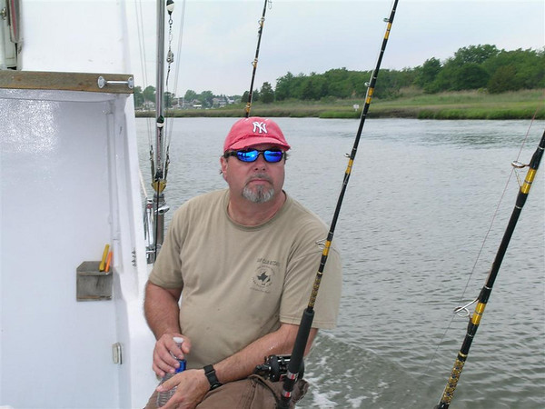 Hank Jr Crew Fishing