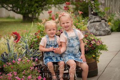 Everly and Madisyn Dixon 2021