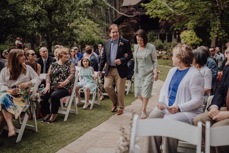 2018-05-12_ROEDER_JulieSeth_Wedding_ROEDER1_0102.jpg