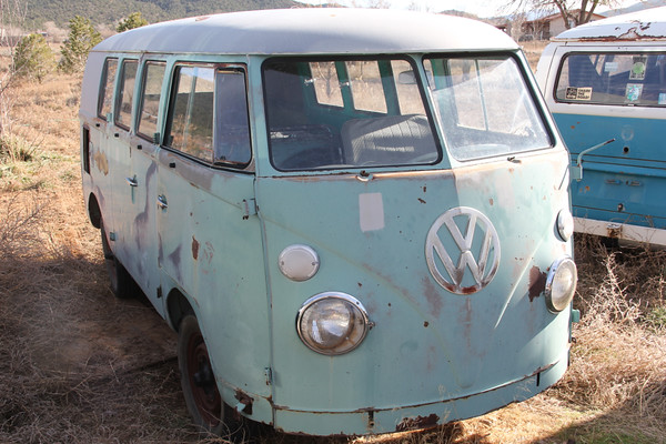 Frank's (FRK) '63 Bus
