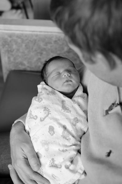 Baby Gavin BW-39.jpg