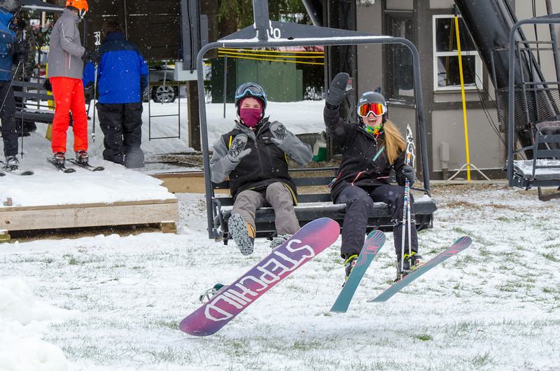 Opening-Day-Slopes-2014_Snow-Trails-70855.jpg