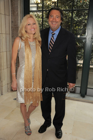 Leesa Rowland, Larry Wohl   photo  by Rob Rich © 2014 robwayne1@aol.com 516-676-3939