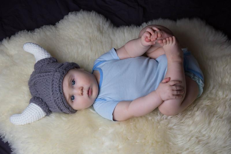 baby james 6 months-16.jpg