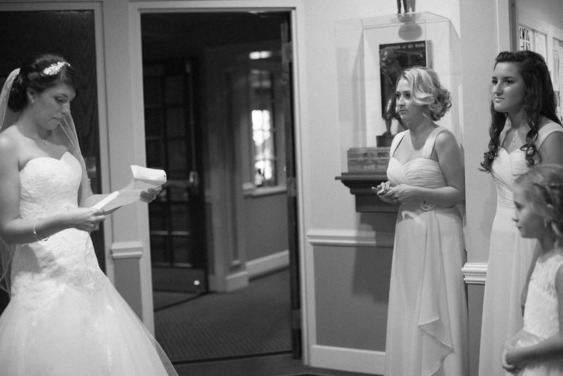 Matt & Erin Married _ getting ready  (66).jpg