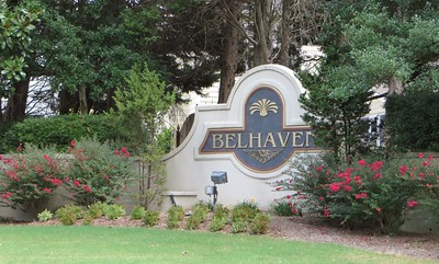 Belhaven Neighborhood Of Homes