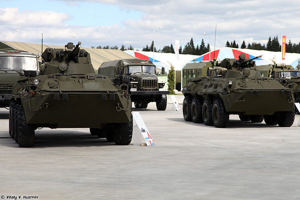 Military exhibition in Park Patriot for Minister of Defense