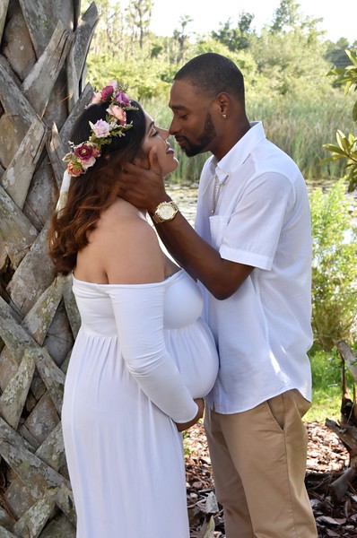 Adorable maternity photo session