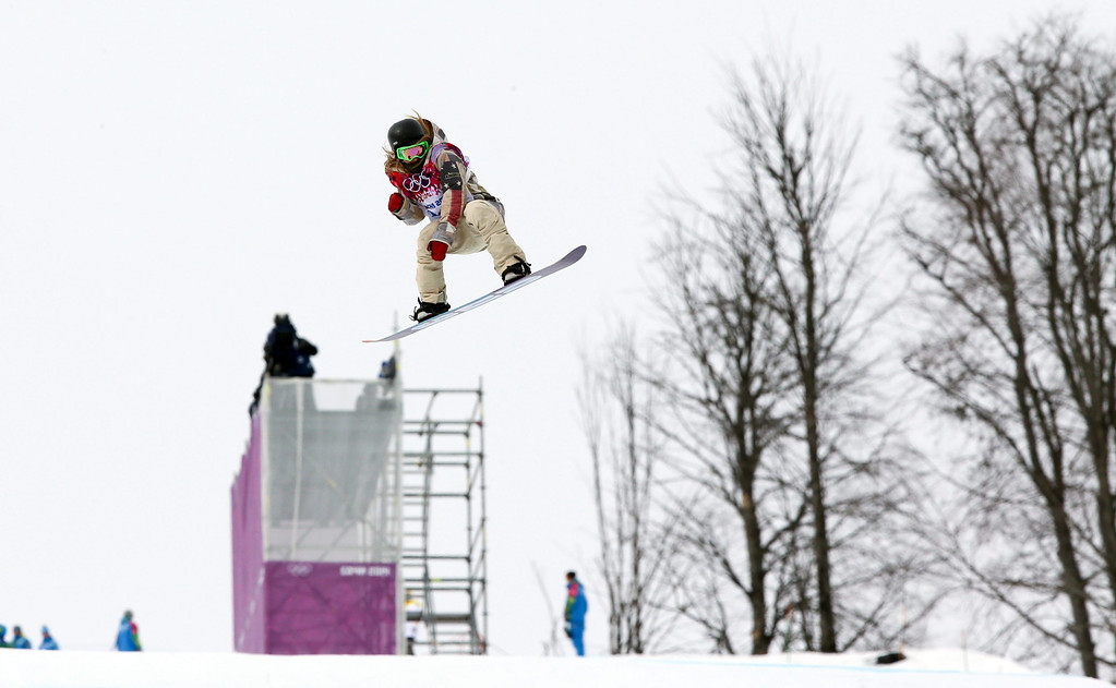 . Jamie Anderson of the USA competes in the Women\'s Snowboard Slopestyle semi final at Rosa Khutor Extreme Park at the Sochi 2014 Olympic Games, Krasnaya Polyana, Russia, 09 February 2014.  EPA/JENS BUETTNER