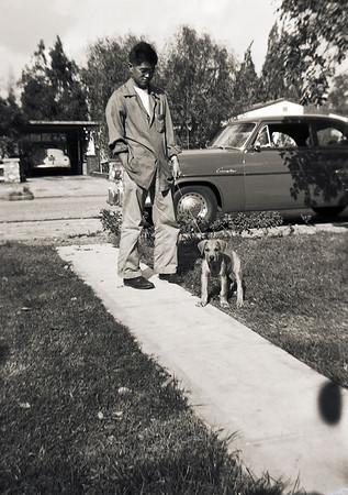 012 L - Fontana Dec 1 1952 Duke Marilyn Jim