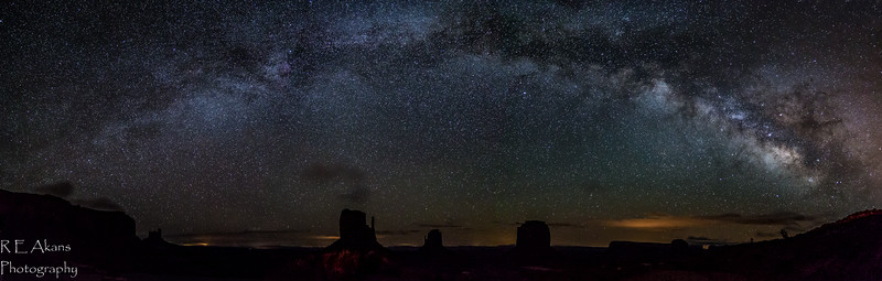 Monument Valley Milky Way 7280 Pano.jpg