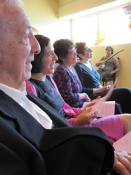 Grandpa Wallace (l), Aunt Rachel, Grandma Hope, and Bubbe Pat watch the ceremony (photo by David Fifer)