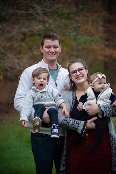 2019 November Ellis Family-11-8.jpg