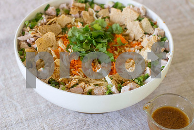 turn-turkey-leftovers-into-a-healthy-dinner-salad