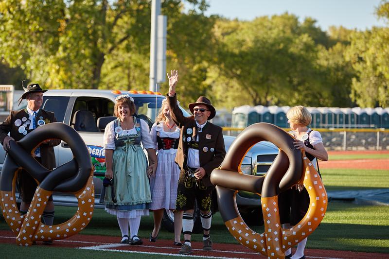 2016_UWL_Brad_Quarberg_Louie_Ferris_Oktoberfest_Parade_Marshal_004.jpg