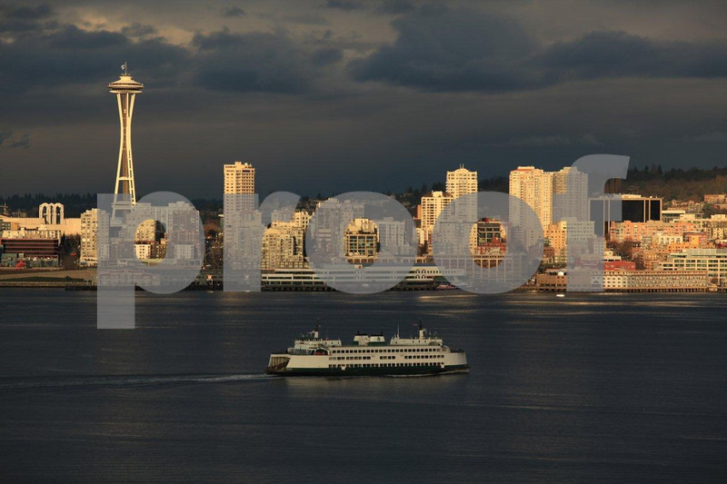 Seattle skyline at dusk from Hamilton Park in West Seattle. 9187