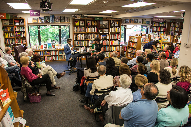 Giridharadas_True American Politics and Prose_2414.jpg