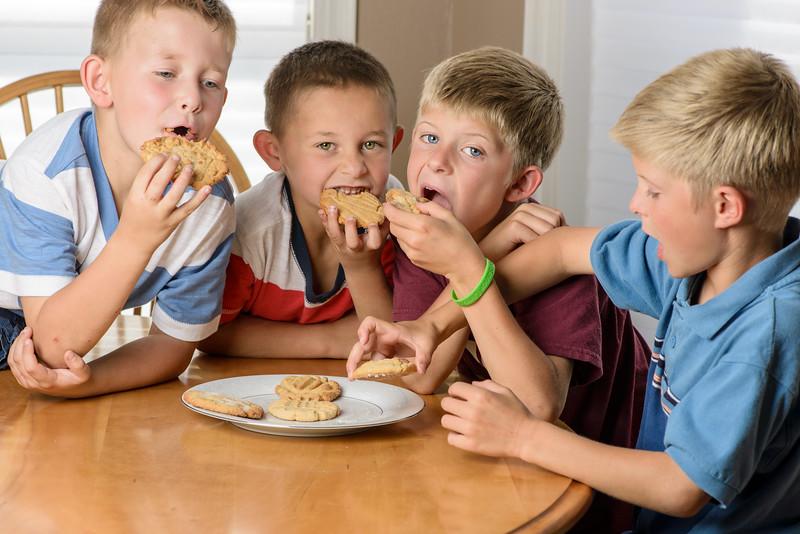 Kids & cookies-9.jpg