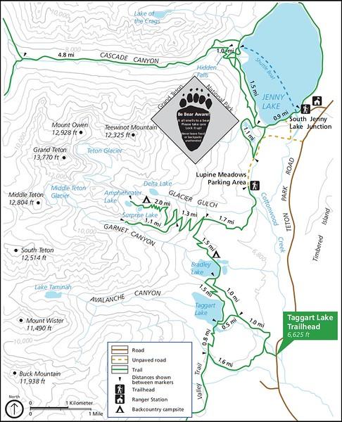 Grand Teton National Park (Taggart Lake Trailhead)