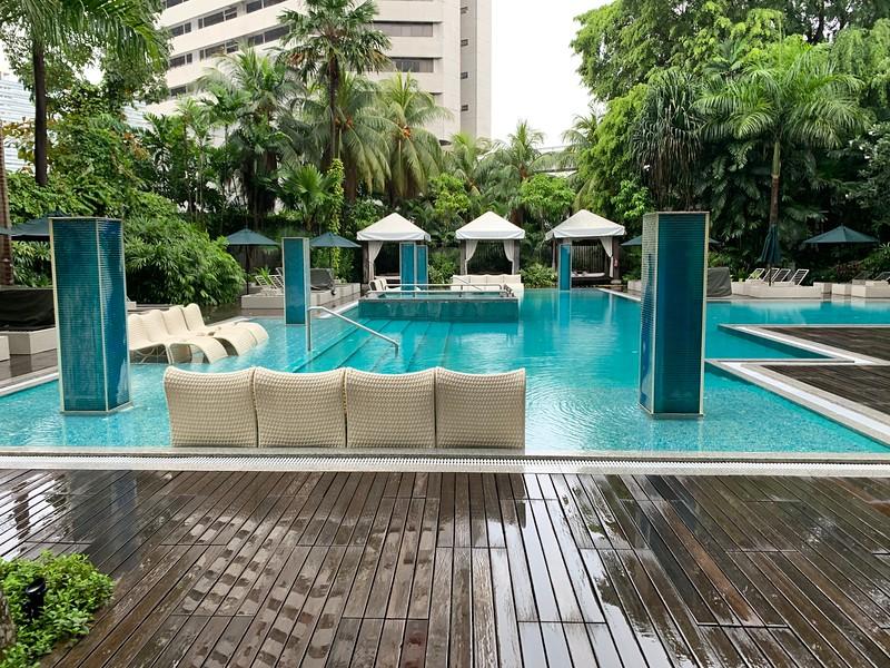 Swimming Pool at the Grand Hyatt Singapore