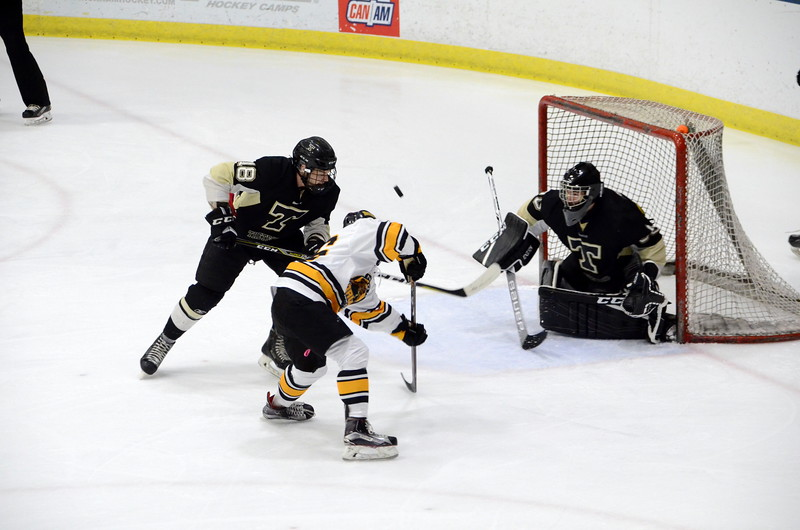 180112 Junior Bruins Hockey-029.JPG