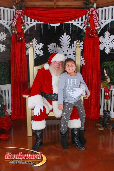 Santa 12-10-16-32.jpg