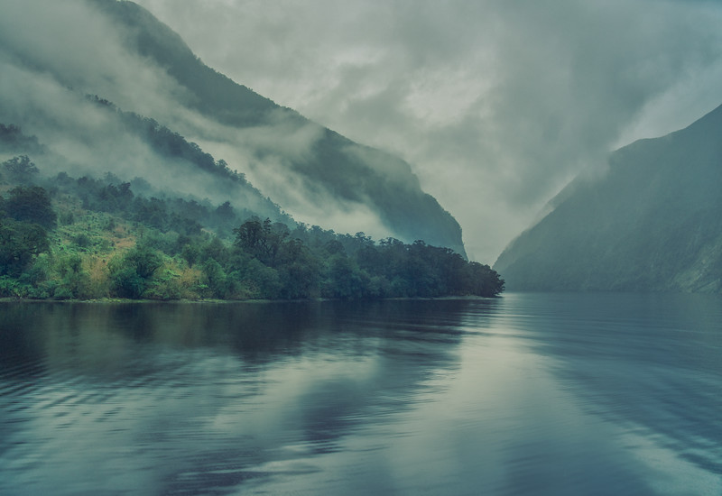 Exploring Doubtful Sound