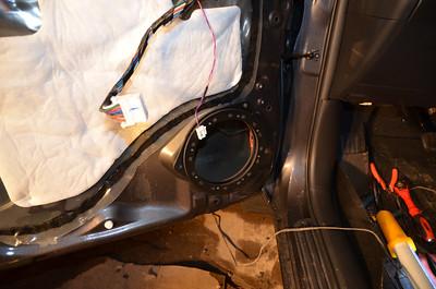 2012 Toyota Rav4 Sport Front Speaker And Tweeter Installation - USA
