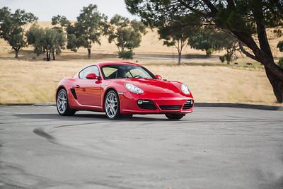 Porsche_CaymanS_Red_8CYA752