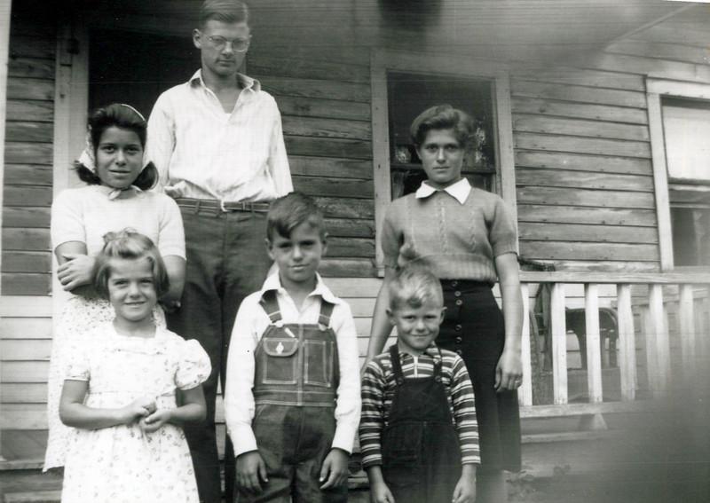 1940s Wilma, Donald, Eileen, Lu, Lloyd and Marvin.jpeg